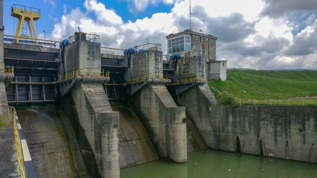 Barajul de pe Arges de la Oesti