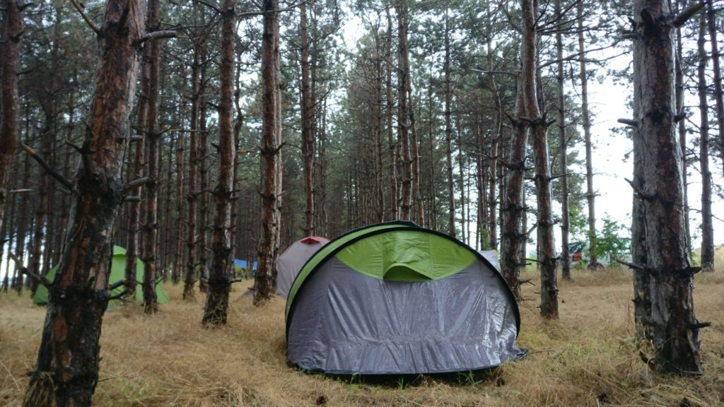 Campingul Ezerets ud, dupa ploaia de vara