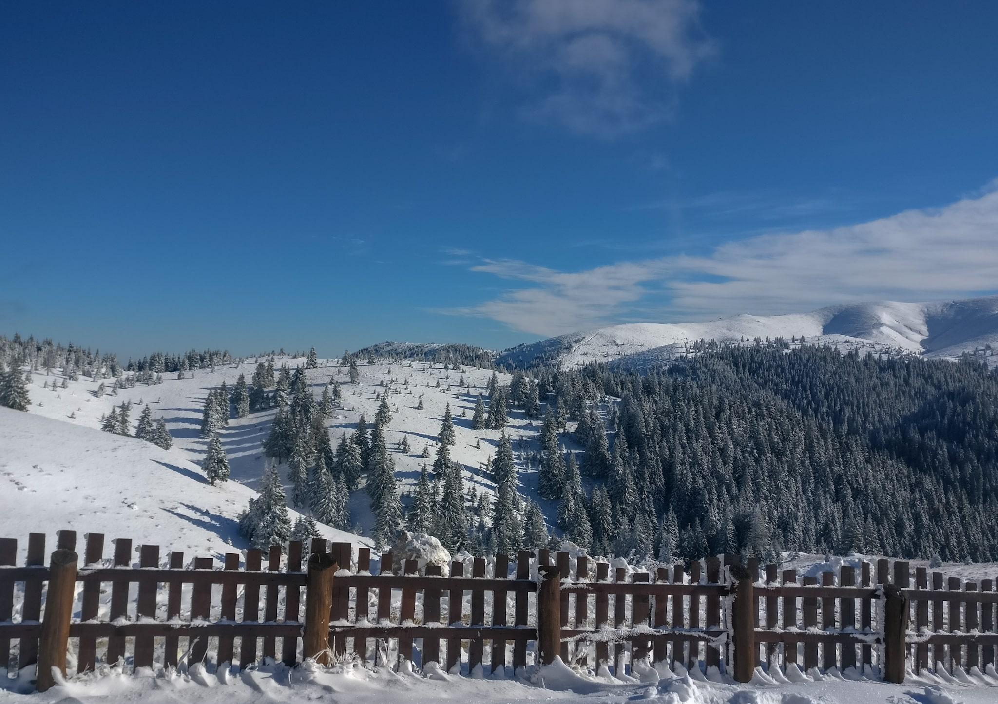 Vedere spre traseul de la Ciucas X3