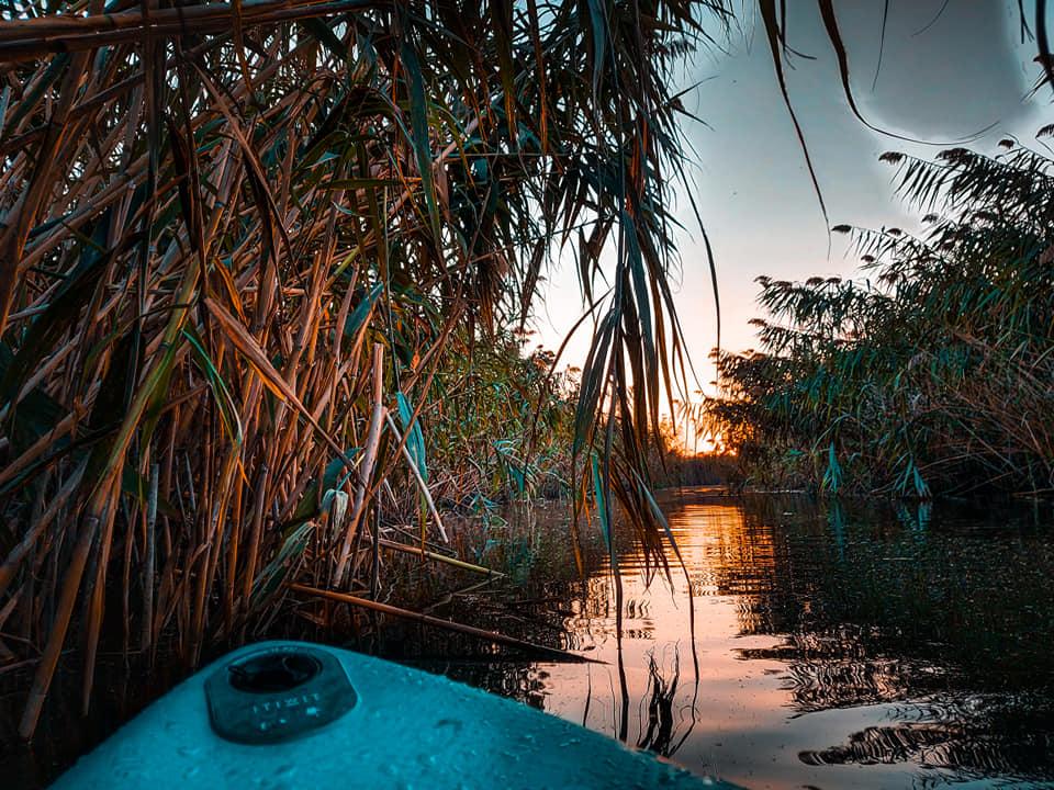 Pe SUP pe canalul deltei Comana