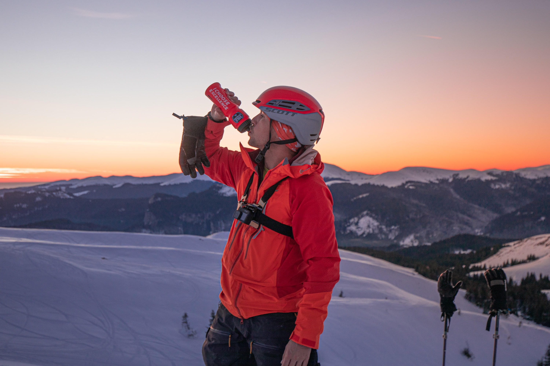 Hidratarea pe o zi de schi de tura