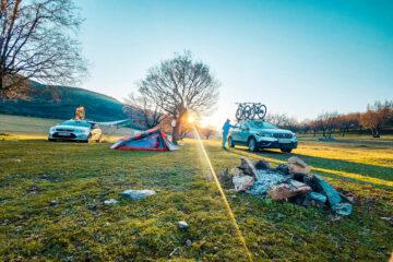 Măcin Land of Adventure - trekking și camping în culori de primăvară