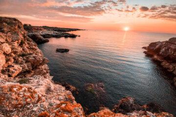 Răsăritul pe tărmul bulgăresc al Mării Negre la Tyulenovo